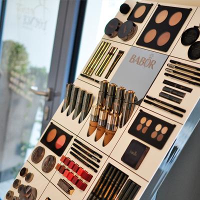 Kosmetik Tages-Make-Up Staffelstein